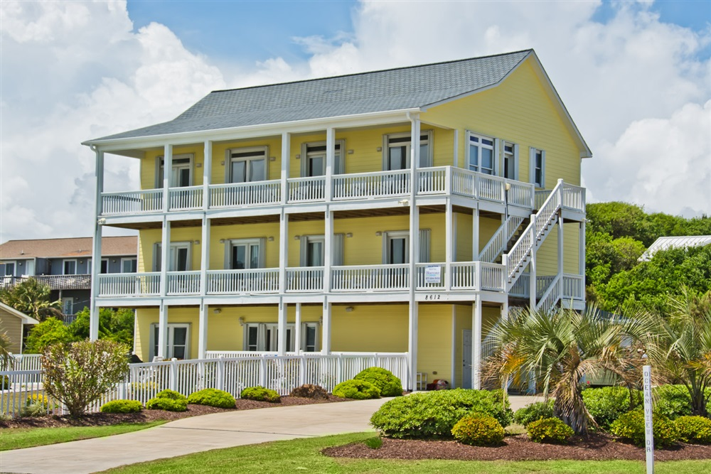 Crystal Coast Rentals Emerald Isle Rentals Beach Blessings 7 Bedroom Almost Oceanfront House